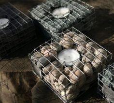 Deko-Ideen-mit-Steinen-für-innen-und-außen_diy-teelichthalter-mit-kieselsteinenen-und-draht