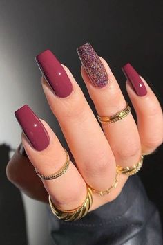 Acrylic Nails Coffin Short, Simple Acrylic Nails, Acrylic Nail Designs, Red Nail Designs, Coffin Nail, Stylish Nails, Trendy Nails, Wine Nails, Cute Gel Nails