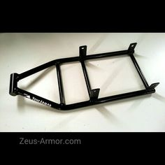 ZeusArmor low mount scrape bar for 09-15 Kawasaki ZX6R/636 with  ZeusArmor or braced stock subframe available by visiting our online store (link in profile) #zeusarmor #dowork #kawasaki #636 #stunt #scrapebar