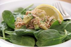 Quick Healthy Lunch: Tuna Avocado Salad {Mayo-Free}   Feastie