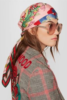 Gucci | Printed silk-twill scarf | NET-A-PORTER.COM Ways To Wear A Scarf, How To Wear Scarves, Alessandro Gucci, Sunglasses For Your Face Shape, Hair Scarf Styles, Casual Chique, Gucci Scarf, Silk Hair, Inspired Outfits