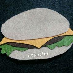 uykucini - felt hamburger, felt food keçe hamburger çok acıktık :)