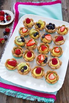 Mini Cheesecake Recipes, Tart Recipes, Mini Desserts, Cupcake Recipes, Sweet Recipes, Delicious Desserts, Mini Fruit Tarts, Torte Cake, No Sugar Foods