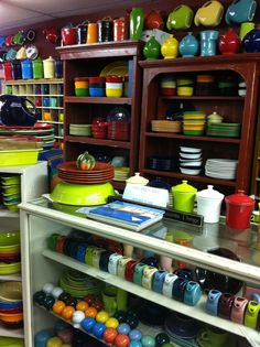 love me some fiesta ware :)
