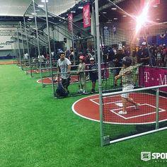 Mañana último día del #MLB All-Star Game #FanFest en #SanDiego, donde #SPORTURF estuvo a cargo del suministro e instalación de #PastoSintetico para 5 atracciones. #baseball #beisbol #syntheticturf #artificialturf #ConventionCenter