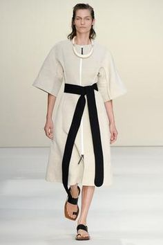 Marni Spring 2015 Ready-to-Wear Fashion Show: Complete Collection - Style.com