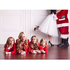 the cutest Santa Clause family photo, christmas time is family time, photoshoot inspiration, holiday themed photos, tulle skirt