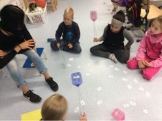 Koulussa ta-va-taan!: Lukemisen harjoittelua Kids Rugs, Education, Kid Friendly Rugs, Onderwijs, Learning, Nursery Rugs