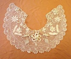 Antique GUIPURE COLLAR IRISH lace with flowers by villavillacolle, $127.00