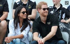 Why reserve one room at the Invictus Games when you only need one? Meghan Markle and Prince Harry are reportedly sharing a hotel suite while he's in Toronto, and it's equivalent to a ro… Meghan Markle Prince Harry, Prince Harry And Meghan, Suits Actress, Jamaica Wedding, Invictus Games, Prinz Harry, King Henry Viii, Royal Engagement, The Girlfriends