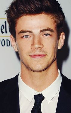 Grant Gustin. He's an uh-mazing singer, which is making me want even more the Behind The Scenes musical Emily wants, ok, for the crossover episode, I NEED THIS  xD