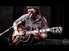 """Bobby Long """"Left to Lie"""" Live at KDHX 2/12/2011"""