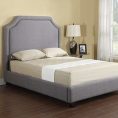 Emerald Home Furnishings London Platform Bed