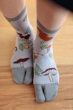 $10 Tabi Socks Mushroom (mid calf) : SOU • SOU US Online Store