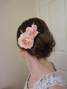 Pink & Cream Blush Rose Cluster Flower Fascinator Hair Comb