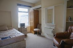 2 bed flat to rent in Penarth Road, Grangetown Cardiff CF11 -            £575 pcm