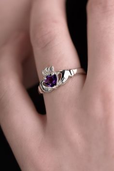 Claddagh Ring with Birthstone | Ireland | Claddagh Design