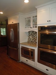 yes please! i would love a double oven! and stove top counter!!!!! but with LOTS of counter space!!!