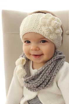 Baby Head Warmer and Bow Scarf Marching SET by TinyLittleMemories