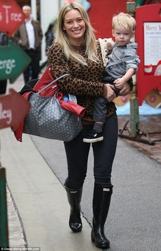 Hilary Duff wearing Hunter Original Adjustable Wellington Boots Goyard St Louis Tote A.L.C. Tatum Sweater
