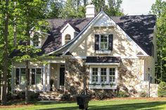 Country Modern Home, French Country House Plans, European House Plans, Country Style Homes, French Cottage, French Country Decorating, English Cottage Style, Cottage Art, Shabby Cottage