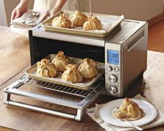 Breville Smart Convection Oven #WilliamsSonoma I really want this, since I got rid of my microwave!