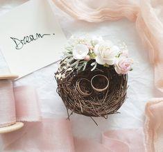 Diy Wedding Ring, Ring Holder Wedding, Wedding Gift Boxes, Ring Pillow Wedding, Rustic Wedding, Wedding Ideas, Blush Wedding Flowers, Diy Flowers, Wooden Ring Box