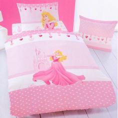 """Coordinato letto copripiumino e federa con Aurora di """"La bella addormentata"""" della Disney."""