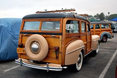 *Nice old woody...my Grandparents would arrive from Calif to the plantation in Louisiana ...such memories