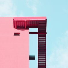 Stunning geometric photography of Milan's pink architecture against blue skies Geometric Photography, Minimal Photography, Urban Photography, Photography Blogs, Building Photography, Photography Composition, Iphone Photography, Artistic Photography, Product Photography