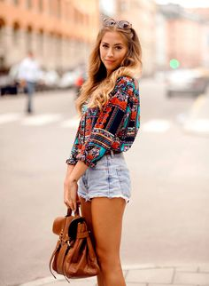 Printed Blouse and vintage denim