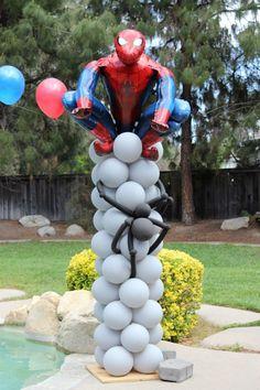 Spider-Man Balloon Column with a (real) spider crawling up. Love Balloon, Balloon Arch, Balloon Crafts, Balloon Decorations, Superhero Birthday Party, Boy Birthday, Balloon Pillars, Balloon Arrangements, Mylar Balloons