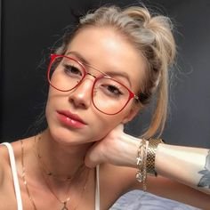 Braces And Glasses, Glasses For Round Faces, Funky Glasses, Nice Glasses, Glasses For Your Face Shape, Glasses Frames, Glasses Style, Stylish Glasses For Women, Womens Glasses