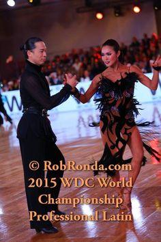 latin dress Ballroom Gowns, Latin Ballroom Dresses, Ballroom Dancing, Dance Dresses, Latin Dresses, Cool Costumes, Dance Costumes, Dance Routines, Dance Photos