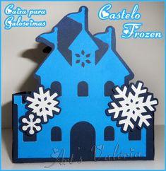 Lindo Castelo Frozen para guloseimas, ideal para centro de mesa ou dar como lembrancinha cheios de balas de sua preferência, fazemos outras cores.  Feito de papel Color Plus 180gr.  Tamanho: 180cm de comprimento x 11cm de altura x 5cm de largura. R$ 3,50