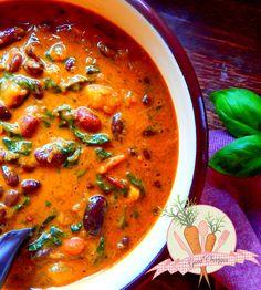 wegańskie-curry-z-czerwoną-fasolą-i-szpinakiem_wm1.jpg 2812×3128 pikseli