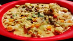 Cauliflower and mixed sprouts stew is a vegetable stew in which cauliflower, carrots, potato and mixed sprouts are cooked together in a coconut sauce with a warm flavor of garam masala. A very healthy, vegetarian and vegan entree which will fill you up and also pretty easy to make.