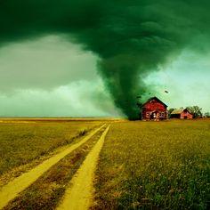 Une tornade dévastatrice en Italie- MétéoCity