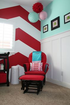 Black, red, and white baby room, with a red & white chevron wall and aqua blue nursery accent color Bedroom Red, Girls Bedroom, Bedroom Decor, Bedroom Ideas, Bedroom Makeovers, Paredes Color Aqua, Big Girl Rooms, Boy Room, Red Nursery