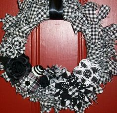 houndstooth wreath