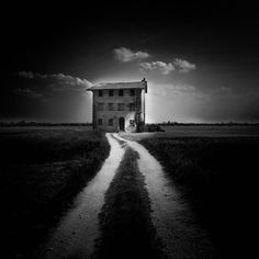 Rural House is a creation by the artist Luigi Esposito. Category artwork. 147 points, 34 appreciations, 2 comments, 115 views.