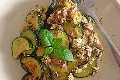 Zucchini - Thunfischpfanne (Rezept mit Bild) von janastra | Chefkoch.de