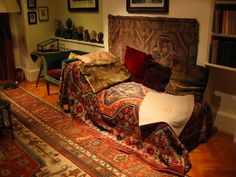 The Freud Museum London. The final home of Sigmund Freud, the founder of psychoanalysis, and his daughter Anna Freud, a pioneering child psychoanalyst Sigmund Freud, Dr Freud, Lucian Freud, Bohemian House, Freud Museum London, My Living Room, Living Spaces, Anna, Relax