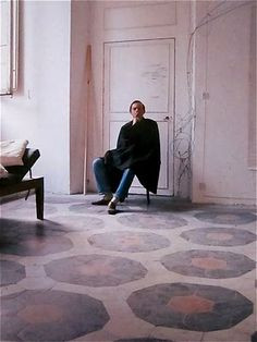 """J'attends...: """"Le temps retrouvé"""" de Cy twombly Cy Twombly's house in Gaëta photographed by Horst"""