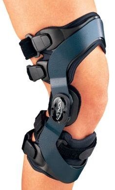 The OA Everyday™ represents DonJoy's easiest to use, prefabricated knee osteoarthritis brace and is ideally suited for activities of daily living | JointHealing.com