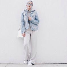 Pin by gharam yousry on hijab street style in 2019 Street Hijab Fashion, Muslim Fashion, Modest Fashion, Girl Fashion, Turban Fashion, Casual Hijab Outfit, Hijab Chic, Denim Outfit, Chic Outfits