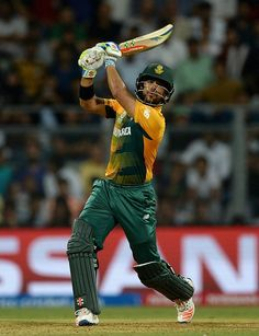 A few wickets at regular intervals helped England get back into the game. But JP Duminy punished their bowlers in the latter overs of the innings and became the third batsman in the innings to go past the 50-run mark. His unbeaten 28-ball 54 took South Africa to 229-4 in 20 overs.