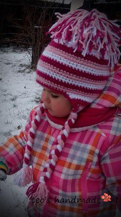 teo's handmade: Caciulita crosetata, cu codite :) Crochet Hats, Fashion, Knitting Hats, Moda, Fashion Styles, Fashion Illustrations