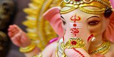 Ganesh Chaturthi: बलवड सनगस जनक बन अधर ह गणश उतसव क जशन Indian Wedding Games, Indian Bridal Party, Wedding Trivia, Indian Wedding Ceremony, Indian Wedding Planning, Wedding Schedule, Wedding Planning Timeline, Wedding Superstitions, Wedding Itinerary Template