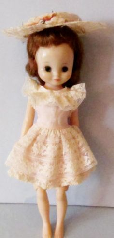 "PRETTY 8"" HONEY BLONDE AMERICAN CHARACTER BETSY McCALL DOLL IN SUNDAY BEST 